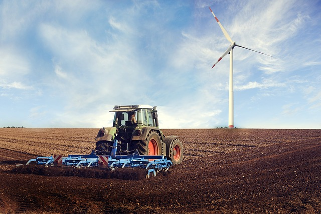 agricultural-machine-2138996_640