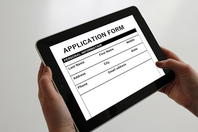 application-1883453_640