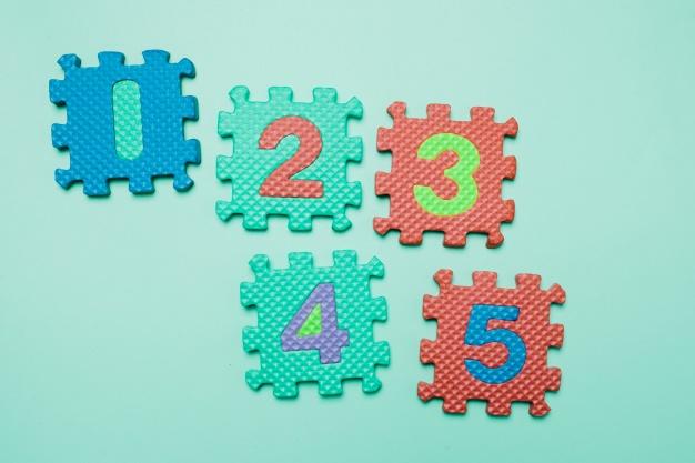bright-rubber-puzzles-blue_23-2147689855