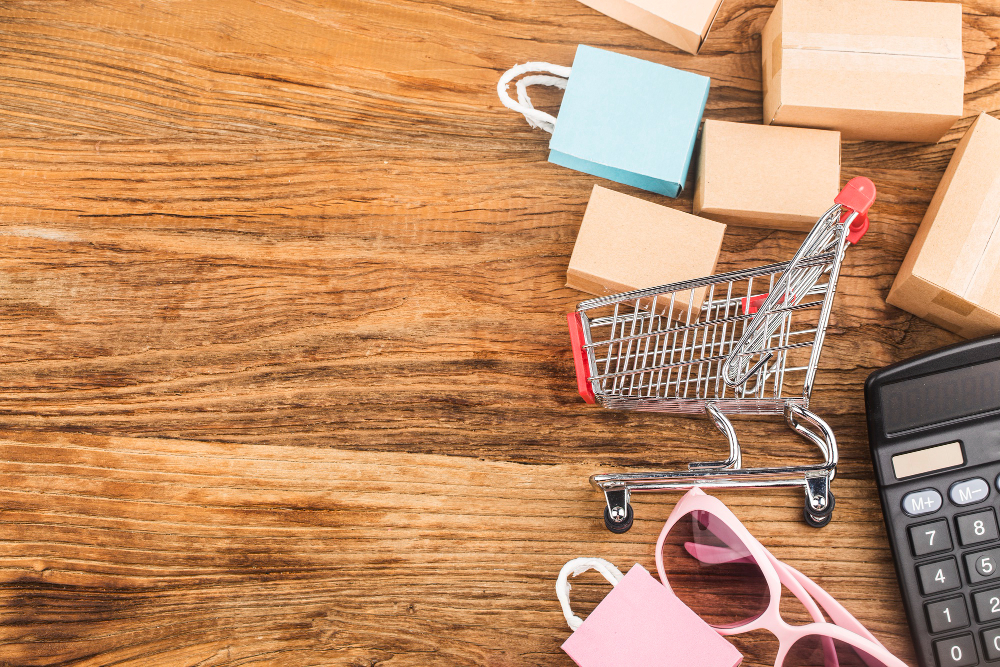 consumers-use-internet-shopping-concept