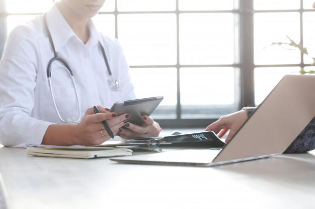 female-doctor-working-medicine-specialist_144627-30292