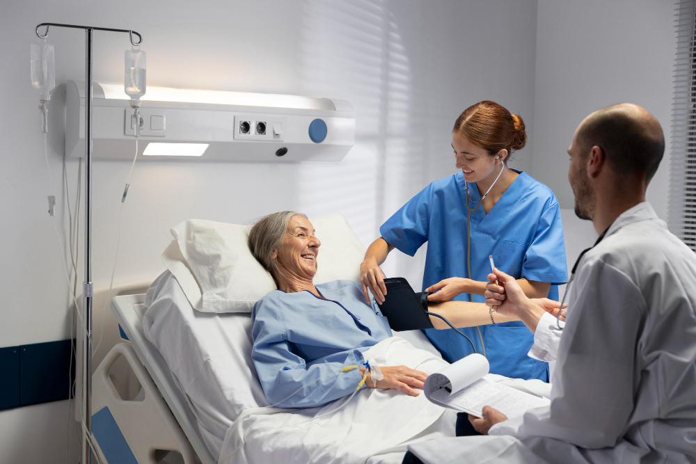 medium-shot-nurse-doctor-checking-patient