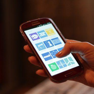 Statistical Mobile Upload Application